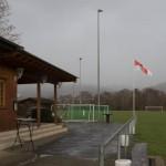 Buchenaus Sportplatz kurz vor dem Schneefall (Foto: Michael Hahn)